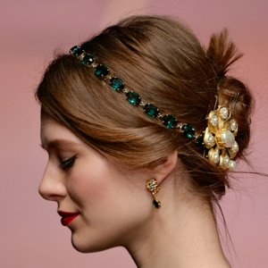 Hairband Beauty Trend For Autumn