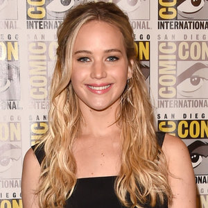 Jennifer Lawrence and Amy Schumer Are Writing a Movie