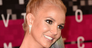 Britney Spears Is Back, Y'All. Her VMAs Look Is Proof.