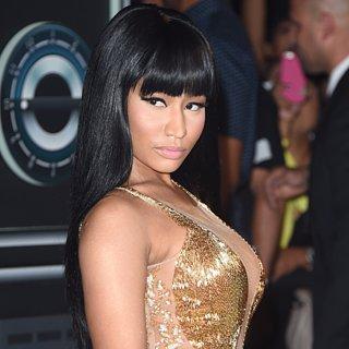 Nicki Minaj Calls Out Miley Cyrus on Stage MTV VMAs 2015