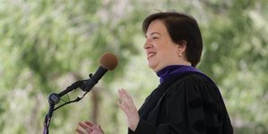US Supreme Court justice gave some amazing tips on how to be a better writer