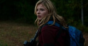 Chloe Grace Moretz Fights Aliens in 'The 5th Wave' Trailer