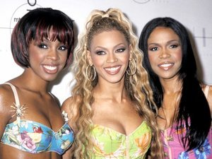 5 Beyoncé Beauty Looks We Totally Forgot About
