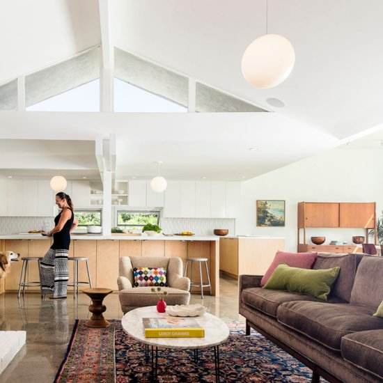 A California Midcentury Home Gets a Modern Makeover