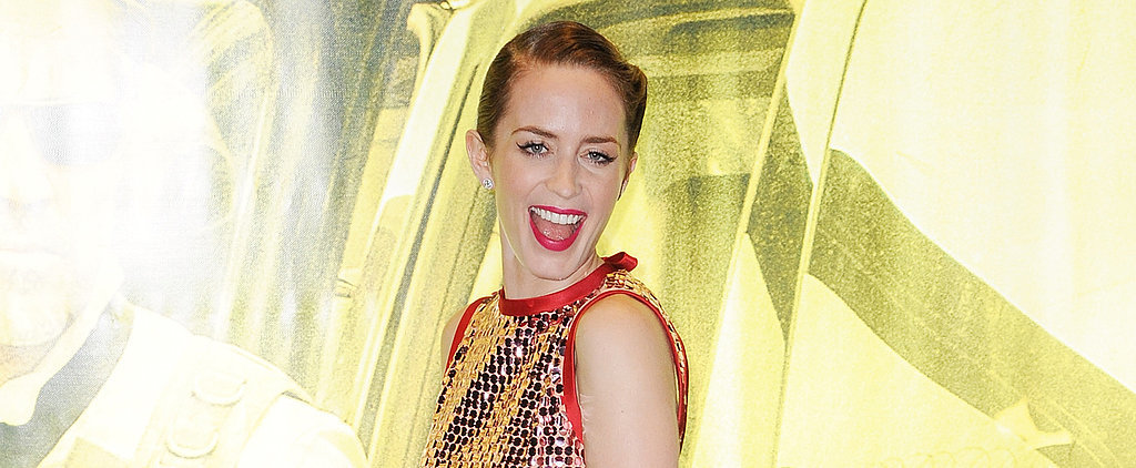 Emily Blunt Gets Friendly With Fans at the London Premiere of Sicario