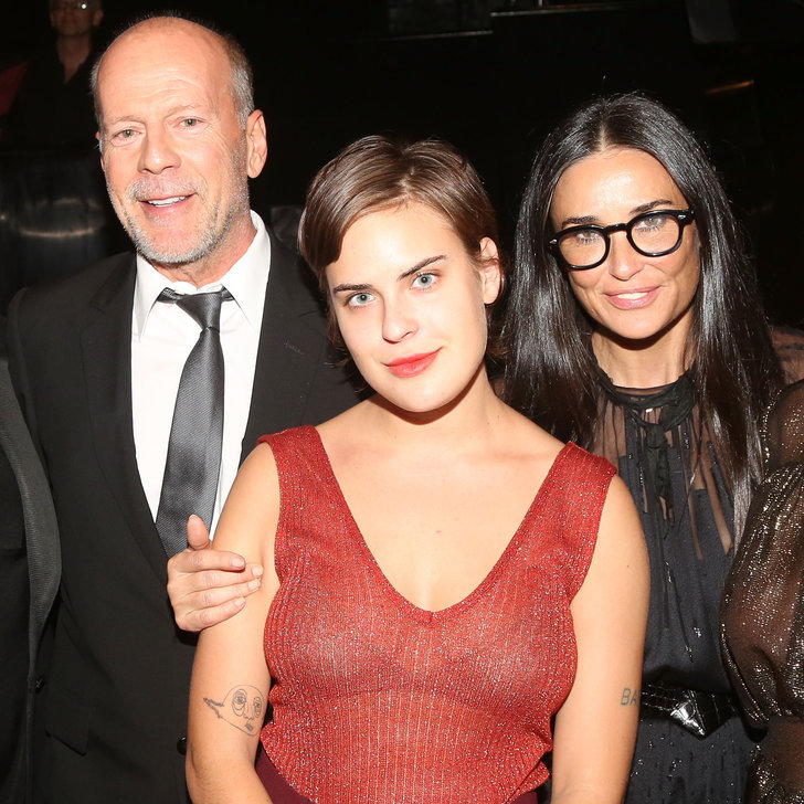 moore dating Who is demi moore dating who demi moore dated list of demi moore loves, ex boyfriends breakup rumors the loves, exes, relationships, and marriages of demi moore.