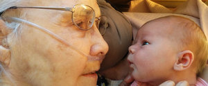 This Photo of a 92-Year-Old Woman Meeting Her Great-Granddaughter Will Take Your Breath Away