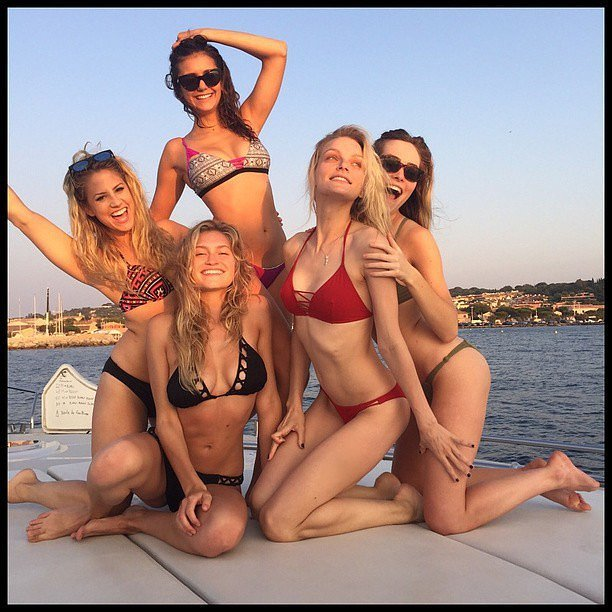 Nina got away with her girlfriends during Summer 2015.