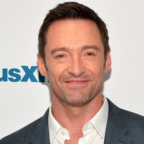 Hugh Jackman Adorably Sings Taylor Swift on the Red Carpet
