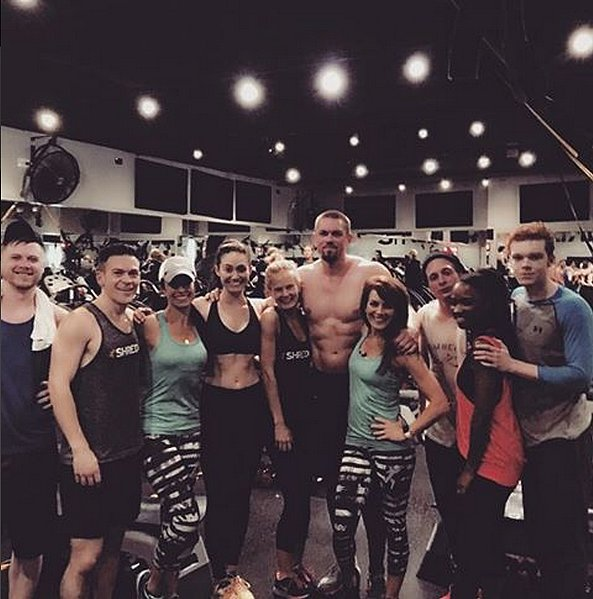 The cast that sweats together stays together? Emmy Rossum dragged the entire cast of Shameless to Shread415 in Chicago.