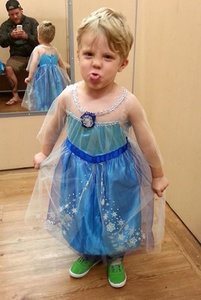 Dad Supports Young Son's Wish to Be Queen Elsa for Halloween, Agrees to Be His Princess Anna