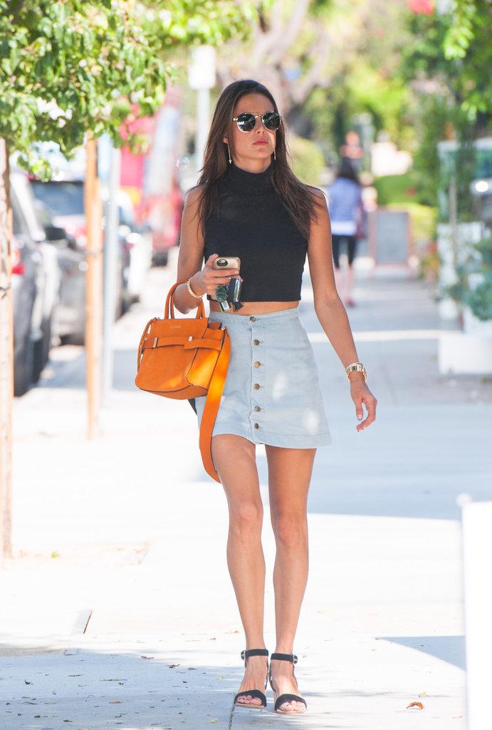 Alessandra Ambrosio '90s Street Style October 2015 ...