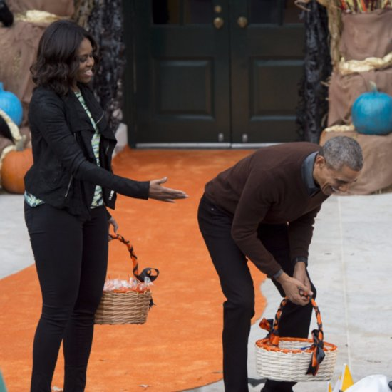 Obama Laughs at Baby Dressed as Pope and Gives Him Top Prize