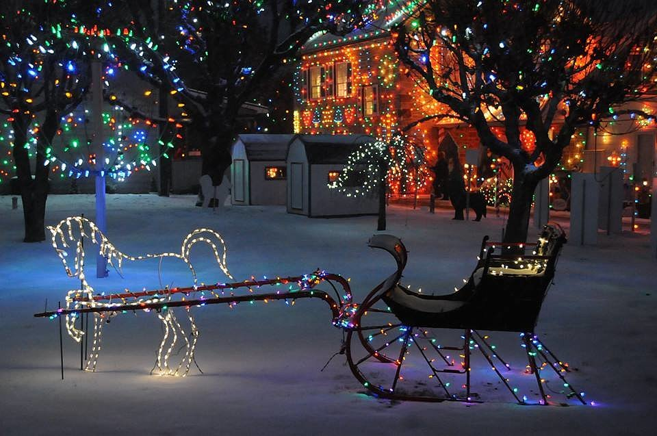 Best places to visit for christmas popsugar smart living for Places to visit in christmas in usa