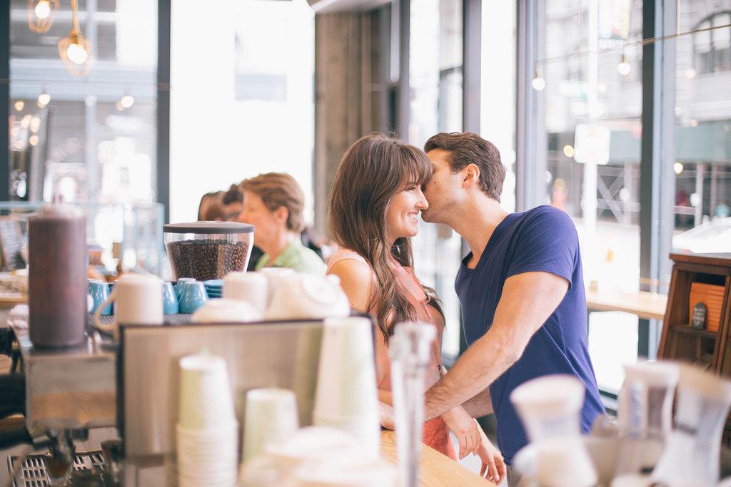 5 Simple Ways to Meet Someone
