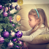 8 Holiday Traditions You Need to Start With Your Kids