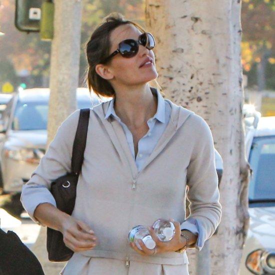 Jennifer Garner Out in LA November 2015