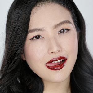 How to Pick Dark Lipstick | Tutorial