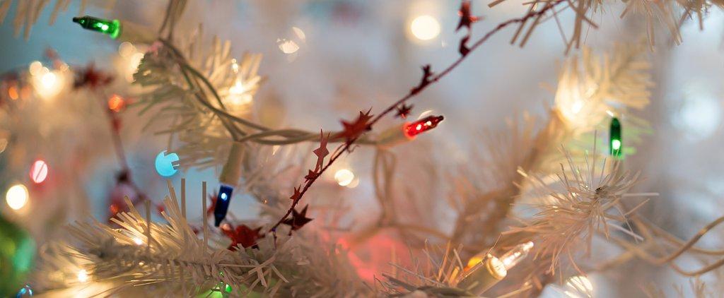 This Genius Product Fixes Broken Christmas Lights Like Magic!