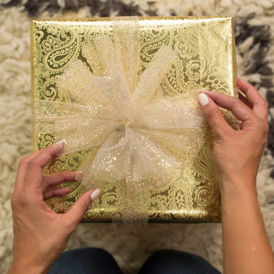 3 Creative Ways to Present Your Holiday Gifts