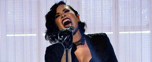 Watch Demi Lovato Completely Bring the House Down at the 2015 AMAs