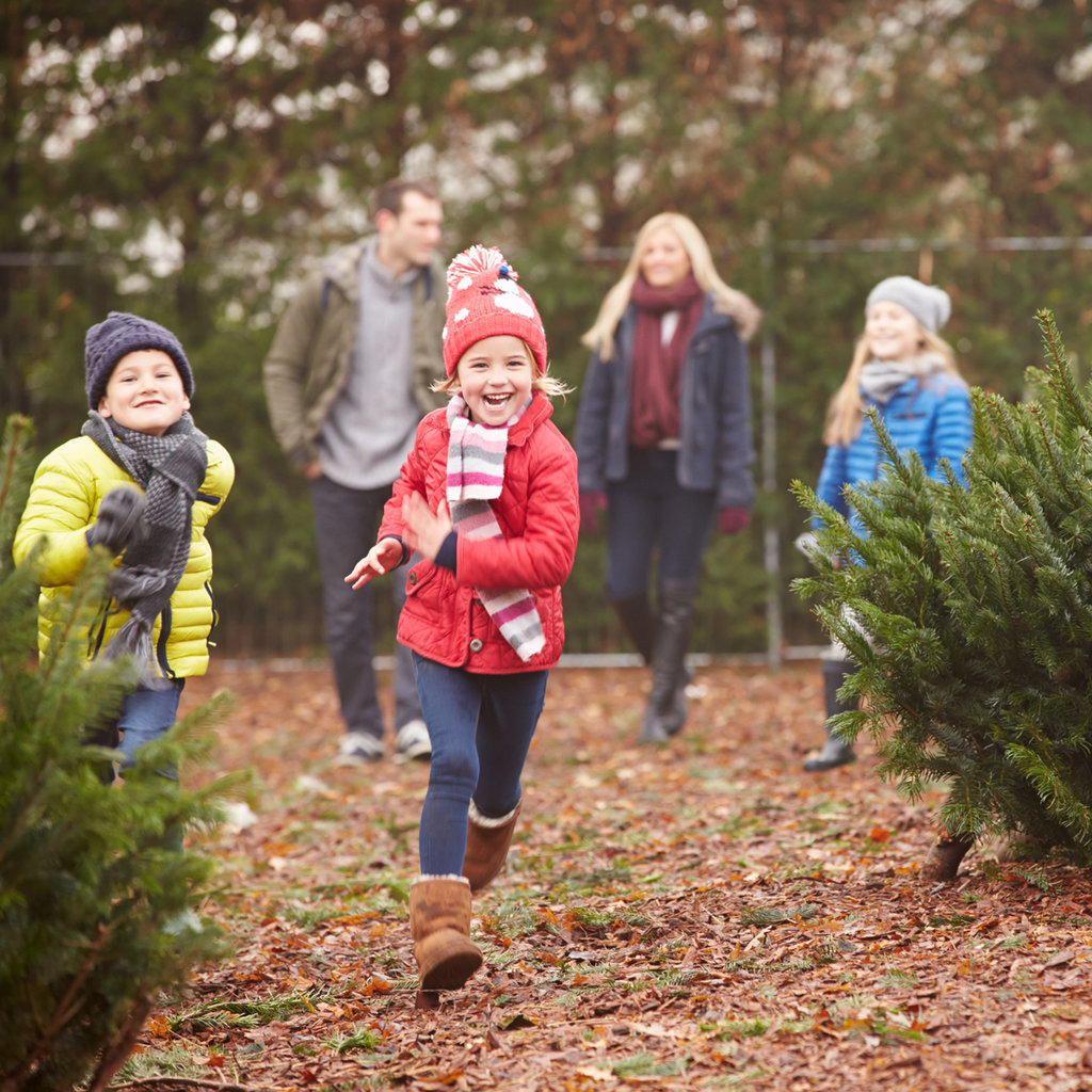 Family Holiday Traditions to Start | POPSUGAR Moms