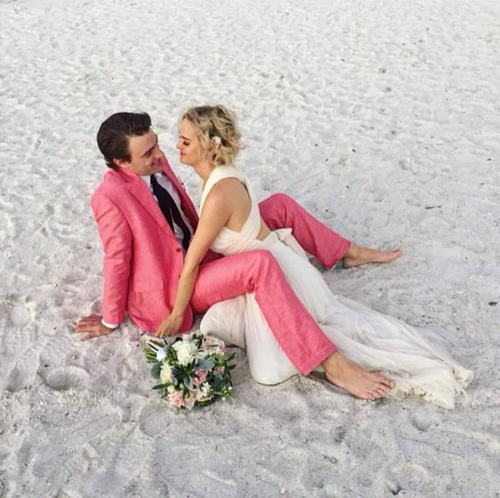 Jess Weixler's Wedding Dress