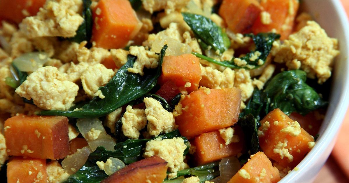 Tofu Scramble With Kale and Sweet Potatoes | POPSUGAR Fitness UK