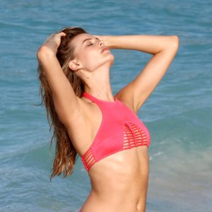Best Celebrity Bikini Pictures 2015