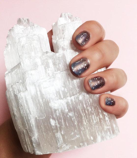 Cinderella Inspired Nail Art: Cinderella-Inspired Nail Art