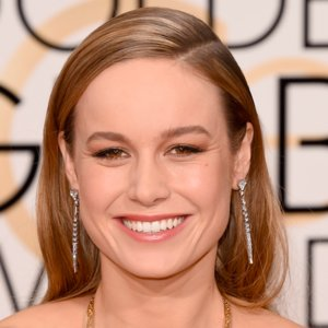 Brie Larson's Chanel Makeup at Golden Globes 2016