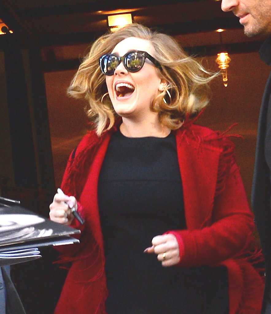 18 Times Adele Made You Laugh So Hard That Your Stomach Hurt