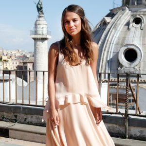 Alicia Vikander's Style | Video