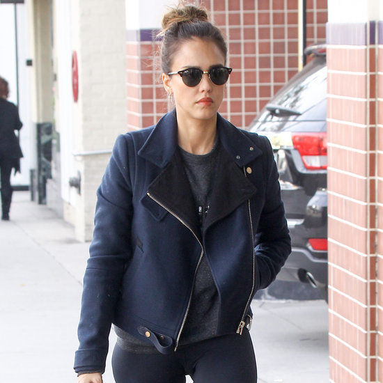 Jessica Alba Wears Workout-Ready Look January 2016