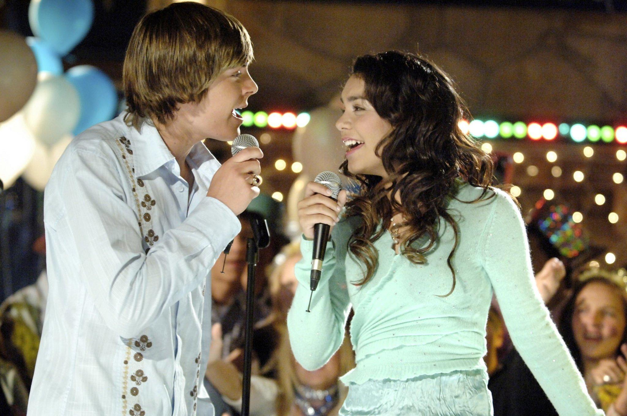 Zac Efron and Vanessa Hudgens, High School Musical