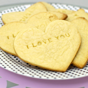 DIY Valentine's Day Edible Gifts For Her