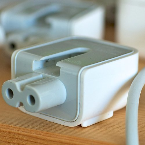 Apple Recalls Plug Adapters