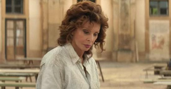 Watch Sophia Loren Glamorously Restore an Italian Villa