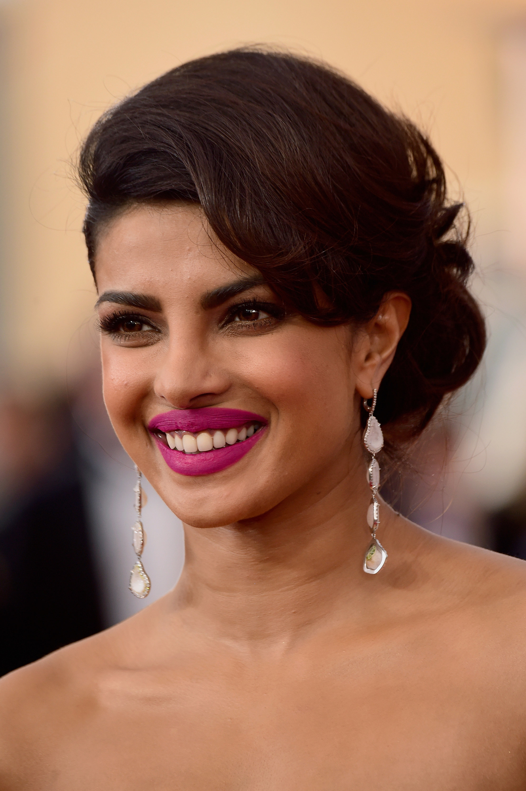 Priyanka Chopra See Every Breathtaking Beauty Look From