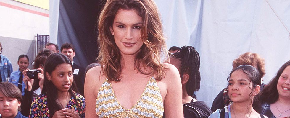 11 Reasons Cindy Crawford Will Always Be Our Style Icon