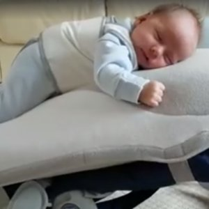 Babocush Baby Chair Video