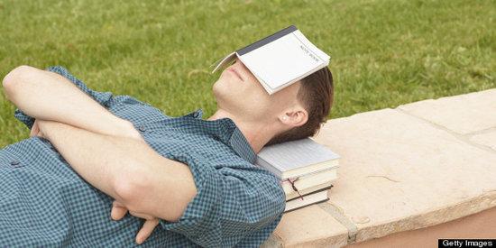 3 Ways to Get Better Sleep in College