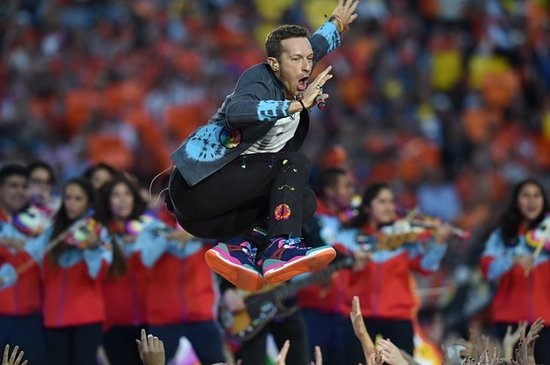 7 Reasons Chris Martin Was The True Star Of The Super Bowl Halftime Show