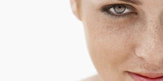 The 5 Best Makeup Tips for Ladies with Freckles