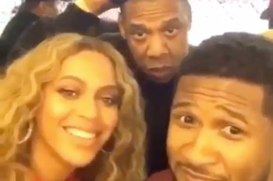 Usher, Jay-Z, And Beyoncé Took The Most Awkward Front-Facing Video Of All Time At The Super Bowl