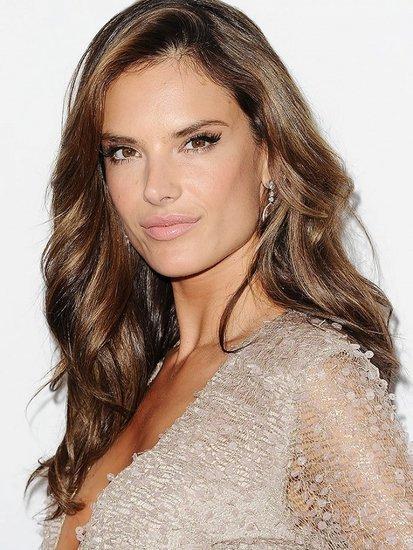 From Alessandra to Gisele: Brazilian Models' Best Beauty Tips