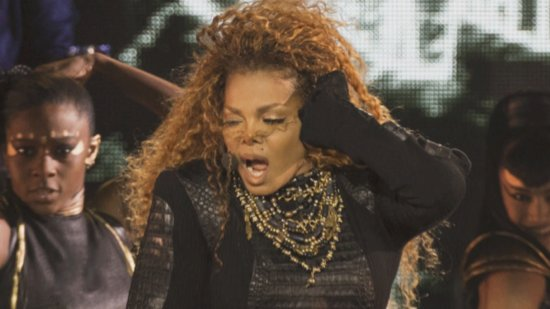 Janet Jackson Steps Out for First Time Since Surgery, Preps for Tour Return