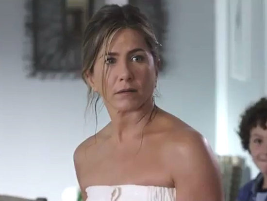 Watch Jennifer Aniston and Kate Hudson Solve Their Family Problems in Mother's Day Trailer
