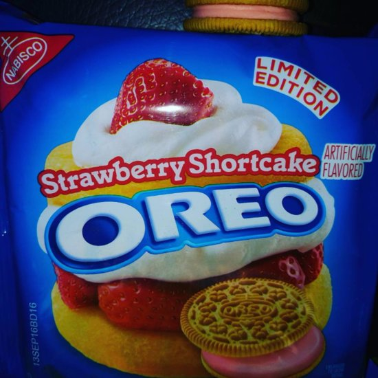 Strawberry Shortcake Oreos