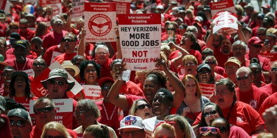 Verizon CWA and IBEW Union Members Go on Strike: America's Communications Future Is at Stake.